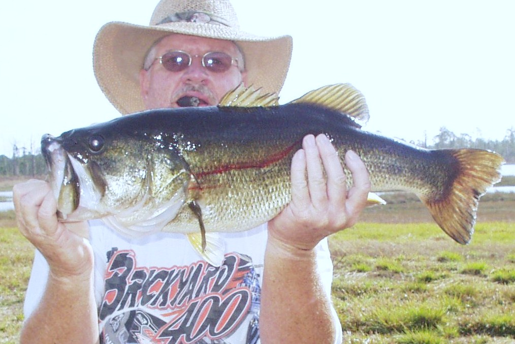 Highlands bass angler dave douglass 39 readers 39 and fans for Bass fishing tournaments in florida